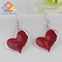 Hot fashion heart-shaped earrings drip cheap wholesale jewelry accessories free shipping