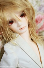 Saint Valentine s Dayfree shipping 1 3 SD BJD doll man and Doll Kyle sent eyes