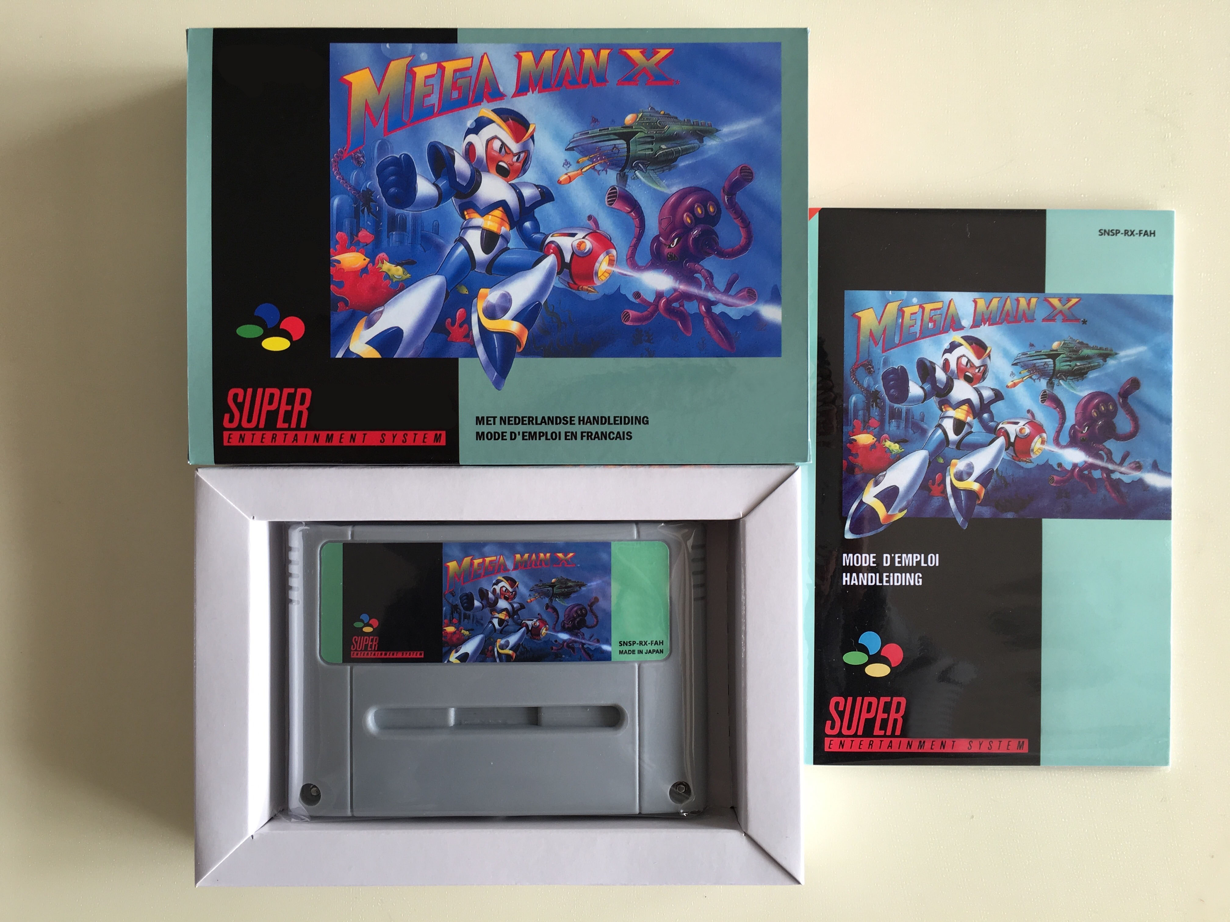 16Bit Games MEGA MAN X French PAL Version Box Manual Cartridge