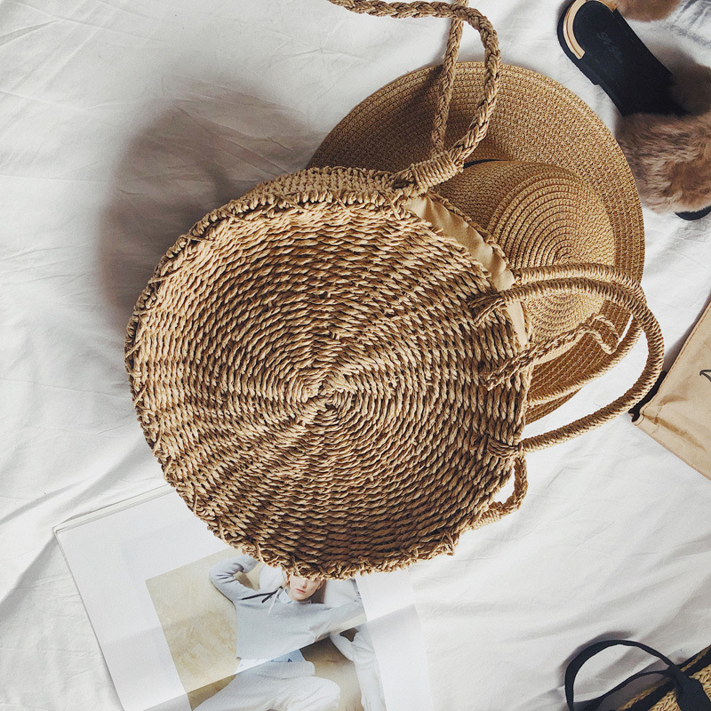 New type of grass knitted package for the wholesale production of women's bags pichia for production of same
