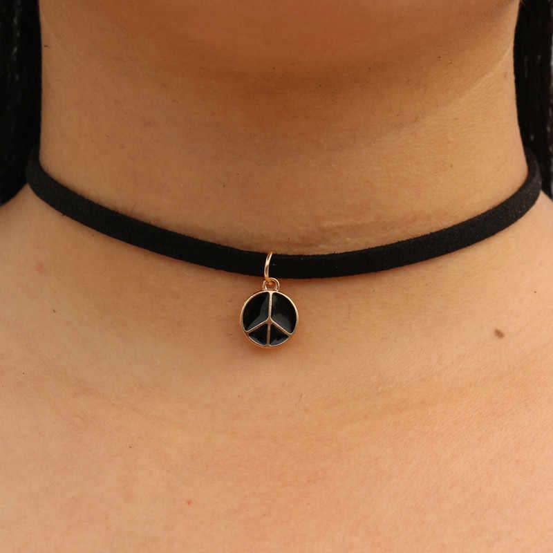 Choker naszyjniki kobiety czarny aksamitny zamsz skórzany łańcuszek krótki Collares biżuteria korona pokój Gothic 90's Bijoux Steampunk