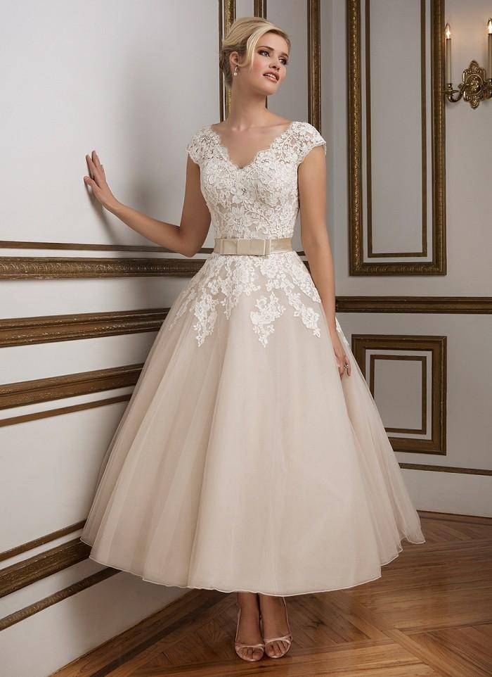 for whole family best supplier many styles US $84.79 39% OFF|2017 Justin Champagne Tea Length Wedding Dresses Elegant  V Neck Vintage Lace Backless Short Ball Bridal Gowns with Belt-in Wedding  ...