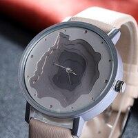 3D Face Wood Grain Dial Unisex Watch Ladies Casual Wristwatch Vintage Leather Band Watch Women Quartz