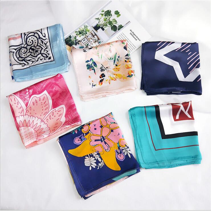 Fashion Women   Scarf   Luxury Brand Flower Print Silk Shawl   Scarves   Foulard Square Head   Scarves     Wraps   2019 NEW 70*70cm