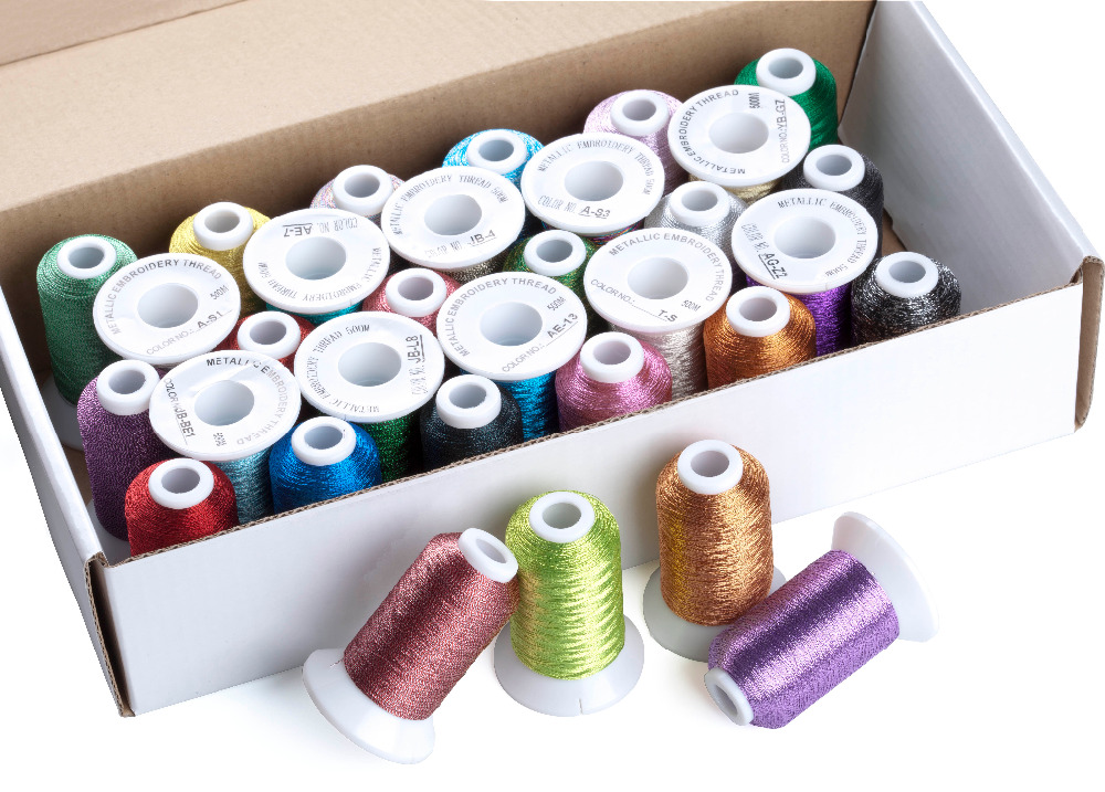 Ev ve Bahçe'ten Diş'de Simthread Metalik Nakış Makinesi İpliği Olmayan çoğaltılmış 32 Renkler, 550 Metre Her Ücretsiz Kargo'da  Grup 3