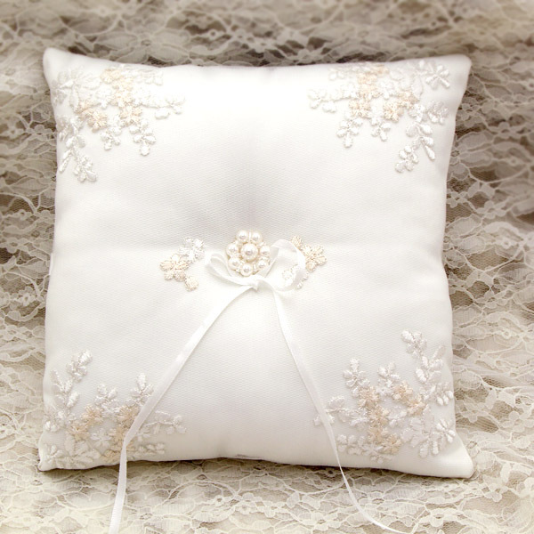 Wedding Ring Pillow 21cm Satin Cushion Handmade Bearer Pillows Lace Rings Care Rp027 In Event Party From Home Garden On