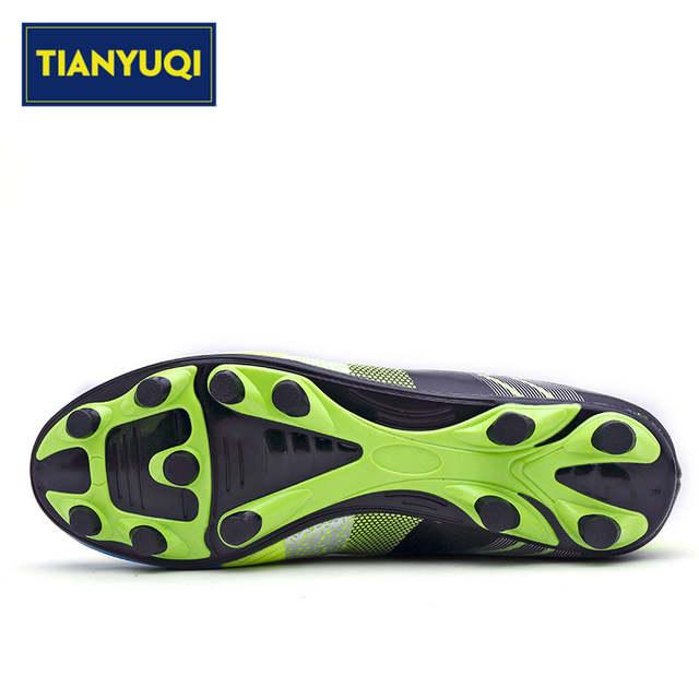 TIANYUQI Tamanho 32-43 Sapatos Para homens Botas de Futebol de Futebol Dos Homens  Chuteiras 383da219d1815