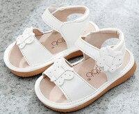 Little girls squeaky shoes squakers 1-3 세 어린이 수제 여름 신발 nina sapatos 재미있는 아기 신발 네이비 블루 캔버스 샌들