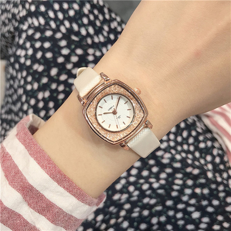 Small Dial Women casual wristwatch Ladies Leather Quartz Watch female Elegant Simple Rhinestone dial dress clock hours diamond
