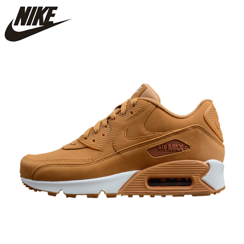 the latest 533d4 392d4 Nike Air Max 90 Uomini Essenziali di Runningg Scarpe, Scarpe Da Tennis All  aperto