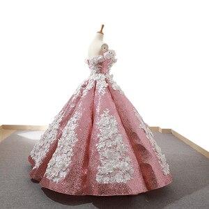 Image 2 - J66662 jancember ורוד quinceanera שמלות 2019 נפוח כבוי תחרת כתף לבן פרחי כדור שמלת שמלת מבריק бальное платье