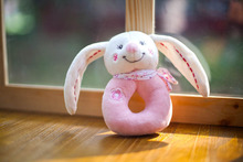 Купить с кэшбэком Baby toys New Rattles Hand Bell Rabbit Cute Infant Baby Crib Stroller Toy 0-12 months Ring bell Newborn Bed Ringing Soft Play