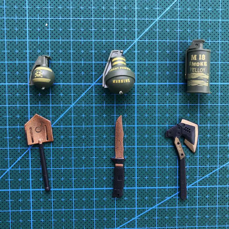 "6 Pcs/set  1:6 Smoke Bombs, Grenades, Dagger Axe. Plastic Coated Military Model Accessories For 12"" Action Figure"