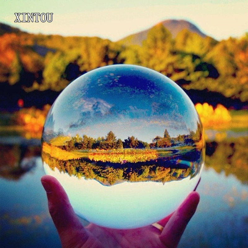 XINTOU Large Crystal Lens Ball 100 mm Feng Shui Home Art Decor Sphere Grazing Ball Photography Props for amateur photographer-in Figurines & Miniatures from Home & Garden    1