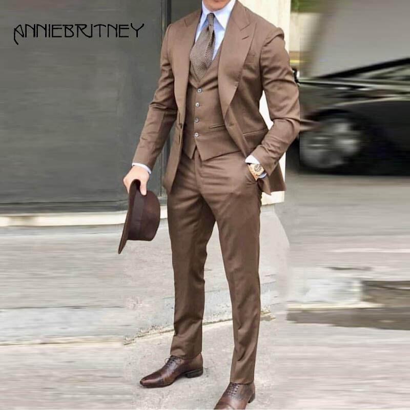 Khaki Wide Peaked Lapel Men Suit 2018 3 Pieces Formal Suits Slim Fit Groom Tuxedos Handsome Best Men Blazers Jacket+Pants+Vest