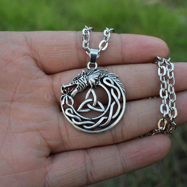 762694ffb39155 Celtic Smok Naszyjnik Viking Trinity Knot Mężczyzna Wisiorek Naszyjniki  Biżuteria 12 sztuk