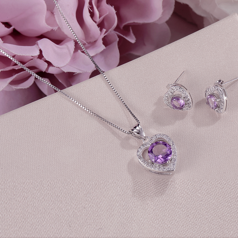 купить 100% Natural Gemstone Fine Jewelry Sets For Women 925 Silver Amethyst Heart Purple Stud Earrings Necklaces Pendants Set CCS006 по цене 2378.55 рублей