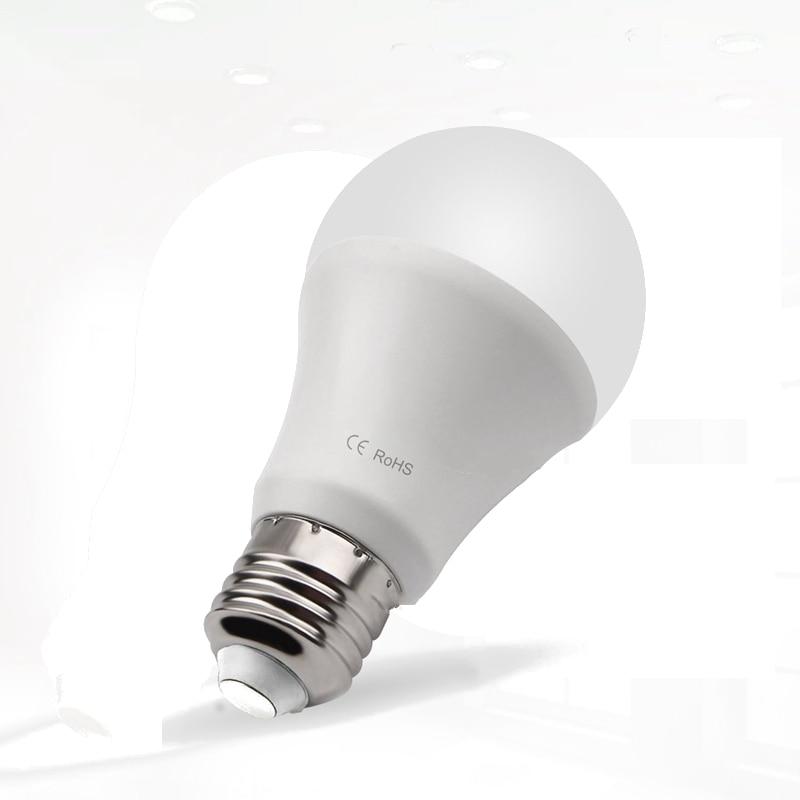 Smart 7W 14 LED Lamp Bulb E27 Dusk to Dawn Auto ON/OFF Sensor Globe LED Light Bulb AC85-265V For Home Porch Hallway Office 700LM e27 b22 led sensor lamp bulb automatic dusk to dawn auto on off globe led light bulb for home porch hallway office 7w 12w