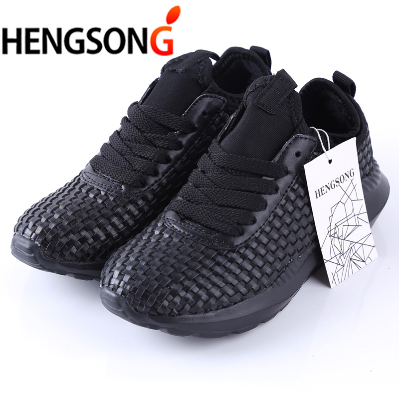 Mesh Breathable Casual Shoes Men Sneakers Lace-Up Comfortable Light Shoes Man Adult Unisex Travel Shoes 2018 New Black White