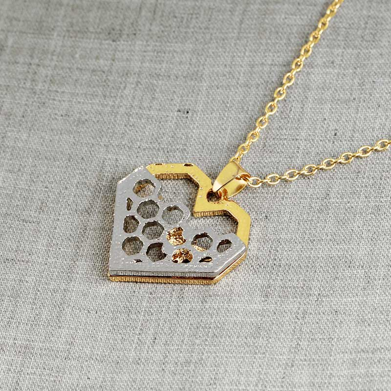 KYSZDL Women Necklace Heart Gold Color Honeycomb Bee Animal Pendant Jewelry Party Prom Gift in Pendant Necklaces from Jewelry Accessories
