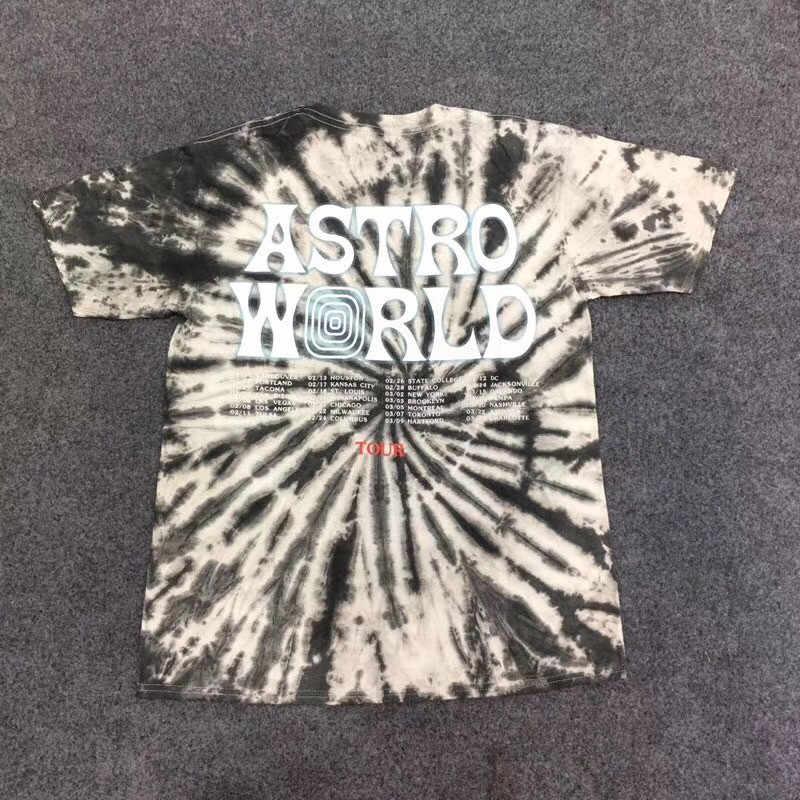 d2618040d48d ... 19ss Tie dyeing Travis Scott Astroworld Tour Astronaut Tee T shirt Men  Women 1:1 ...