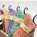 2014 Invierno 5 par/lote = 10 unids lana tejido de punto grueso de las mujeres calcetines de invierno caliente de las mujeres colores candy calcetines calcetines butterflyknot