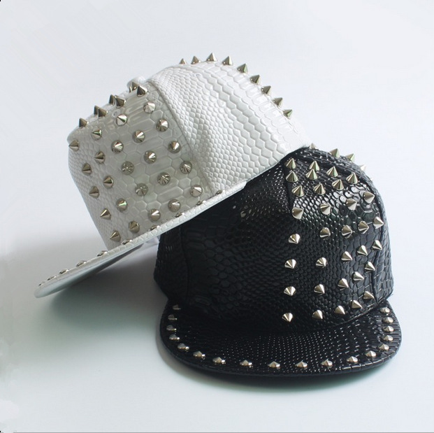 Snakeskin pattern leather rivets couple hip-hop cap Men and women baseball cap