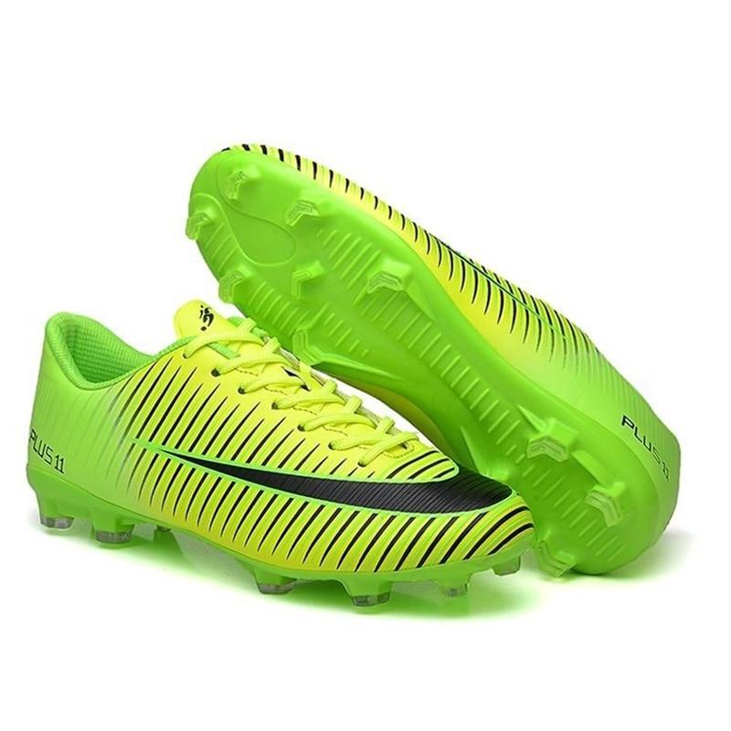 все цены на Men women kids soccer Breathable Chuteira Futebol High Quality Cheap Men Soccer Shoes Superfly Original TF Kids Football Boots онлайн