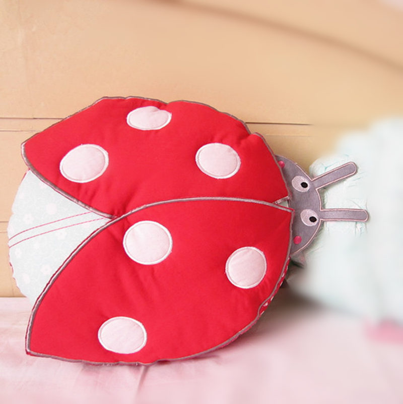 New special sale ladybug shape pillow bedding cushion cartoon pillows sofa car children lovely nap pillow girl birthday gift