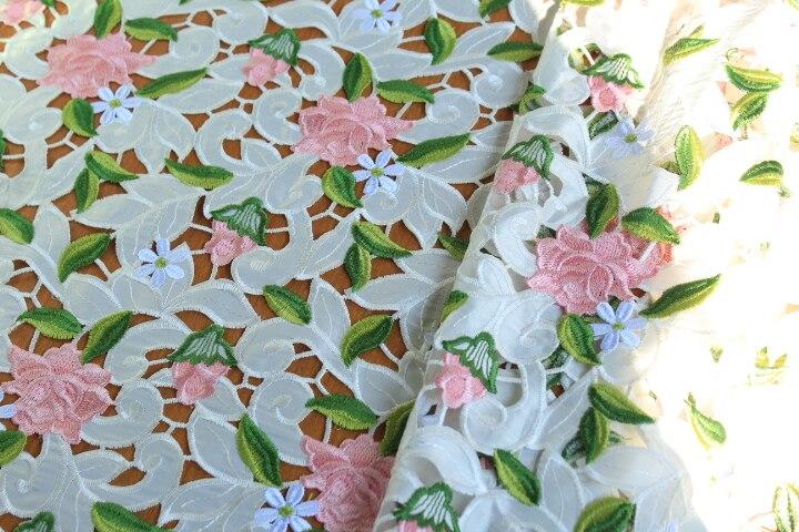 Tissu de dentelle de venise multicolore blanc cassé tissu de robe de mariée en dentelle florale au crochet Antique