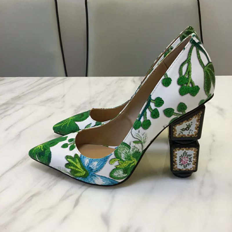 New Luxury design floral printed high heels exquisite pointed toe women  pumps palace retro style ladies d1d45c0ed62d