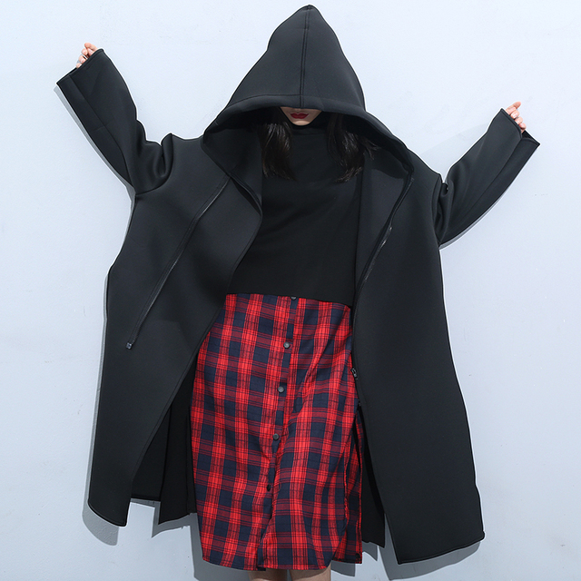 Capa de la chaqueta de moda 2017 Mujeres del resorte más el tamaño capa de la cremallera de abrigo con capucha para mujeres abrigo de invierno negro