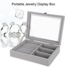 a28ac057a269 Funda de transporte de terciopelo gris con funda de vidrio anillo de joyería  caja de exhibición bandeja soporte caja de almacena.