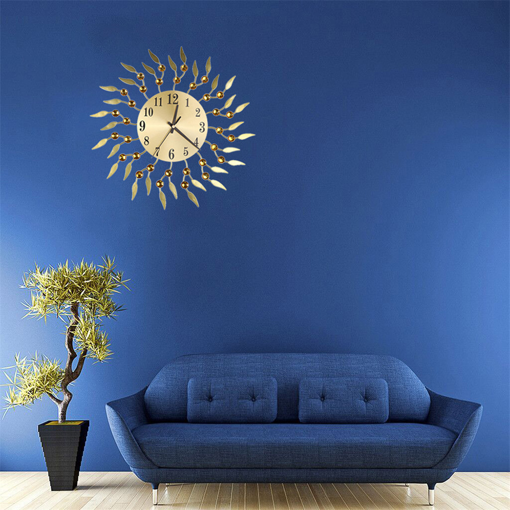 Retro Wall Clock Flower Diamond Round Quartz Luxury Art Clock Mute Home Living Room Decoration 14.76in Clock Wall Decoration