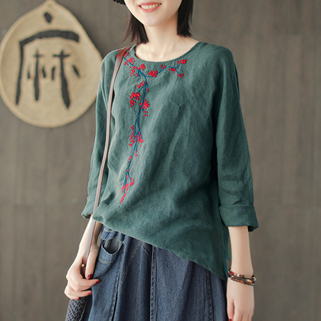 Johnature Embroidery Floral Cutton Linen New Vintage Style Spring Loose Regular o-neck full-sleeve Women T-shirt Fashion