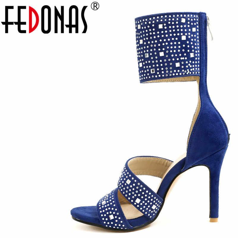 FEDONAS Kadın Sandalet İlkbahar Yaz 2019 Yeni Varış Bling Bling Metal Dekorasyon Ayakkabı Moda Rahat Temel Zarif kısa çizmeler