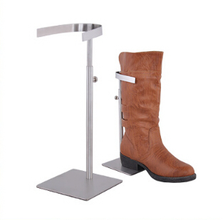 Matte surface kneeboot holder stainless steel shoes desktop display rack high boots showing stand boutique store display fixture matte surface stainless steel shoes holder support keeper metal shoe showing display rack stand shoes holder rack
