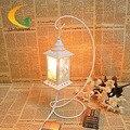 Lâmpada de sal de cristal lâmpada de mesa de ferro oco castelo de conto de fadas Continental Criativo quarto lâmpada de cabeceira lâmpada de mesa