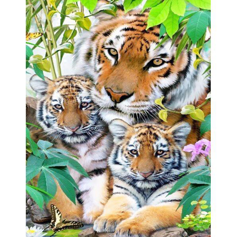 Happy Tiger Family Diamond Embroidery New 100% full Round drill diamond mosaic painting Home Decoration LX