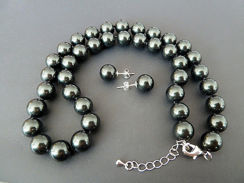 Selling Jewelry>>> Natural AAA+ 8mm black shell pearl earring and 18'' necklace set