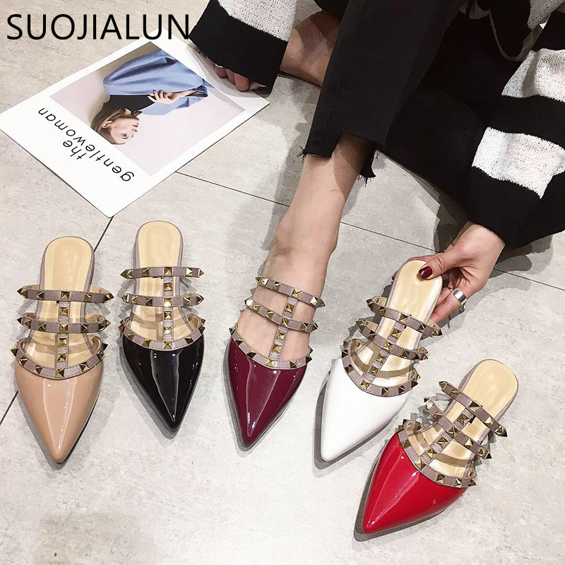 SUOJIALUN  Women Flat Slippers Slip On Mules Brand Designers 2019 Fashion Luxury Rivet T-strap Slides Slip On Loafers Mules high heels