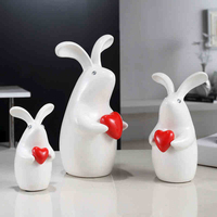 Creative a family three rabbit Wedding Gift Ceramic arts and crafts for Party Favors TV ark Furnishing New Year Christmas Decor