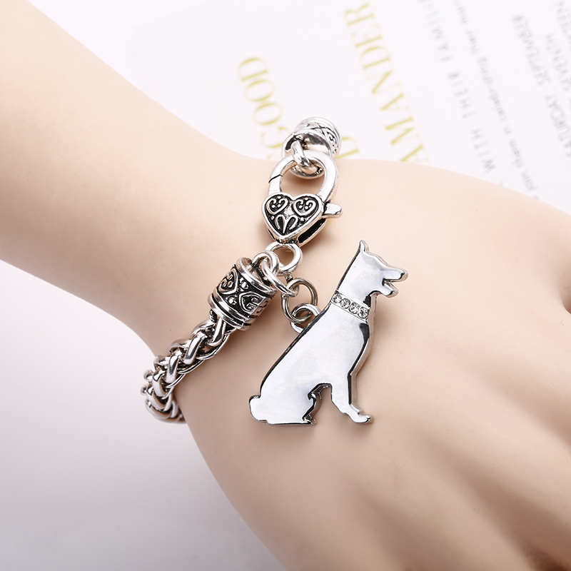 Cute Shetland Shepherd <font><b>Dog</b></font> Pet <font><b>Dog</b></font> Silver Charm <font><b>Bracelet</b></font> Silver Plated <font><b>Bracelets</b></font> Lobster Clasp <font><b>Bracelet</b></font> for Women man Jewelry image