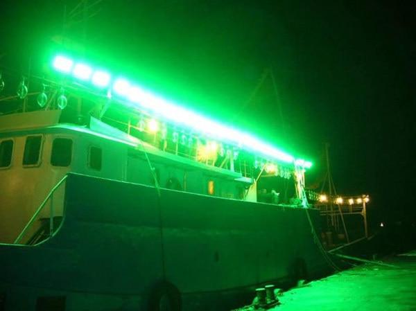 led fishing light on vessel 3.jpg