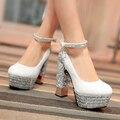 Big Size 33-42 Sapatos Estilo Retro Mulheres Sólidos Saltos Altos quadrados preto prata ouro branco Festa de casamento Das Mulheres Sapatos Casuais 4 Cores