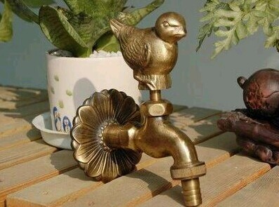 Decorative outdoor faucet rural animal shape garden Bibcock with antique bronze sparrow bird tap for washing machine