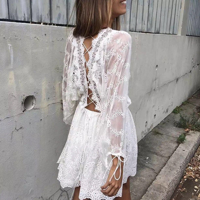 2017 Spring Long Sleeve White Embroidery Lace Playsuits Backless Cute Mini Lace Short Women Jumpsuits