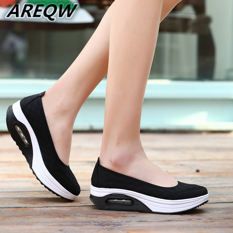 Womens Outdoor Mesh Casual Sports Shoes Thick Bottom Air Cushion Shoes Sports Shoes New 2019 Hot High Quality Casual Flat ShoesWomens Outdoor Mesh Casual Sports Shoes Thick Bottom Air Cushion Shoes Sports Shoes New 2019 Hot High Quality Casual Flat Shoes