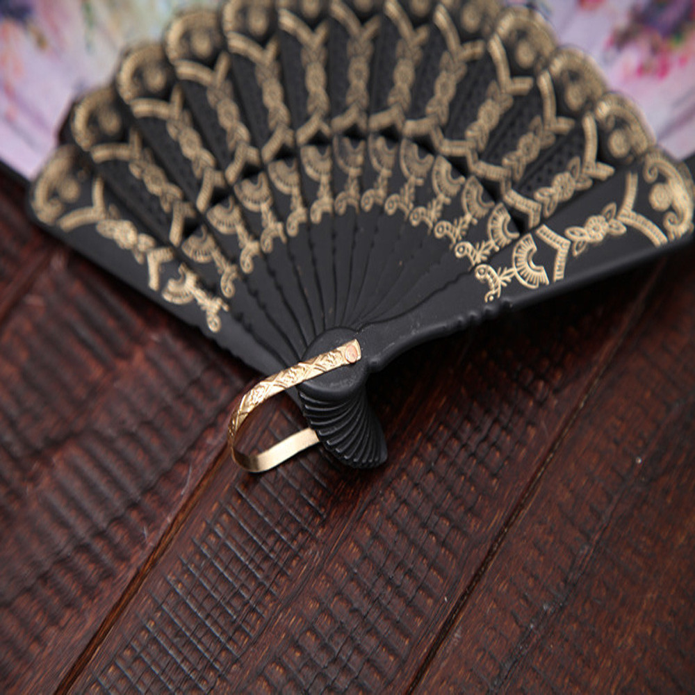 1Pc Chinese Style Lace Hand Held Folding Dance  Fan Party Wedding Decor Folding Hand Held Plastic Bone Cloth FanC522