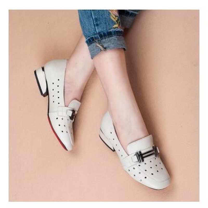 2018 חדש אביב סתיו נוח עור אמיתי גבירותיי אחת נעלי מתכת דקור שטוח העקב עגול הבוהן תמציתי ופרס נעלי Plu